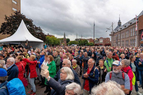 Tocht om de Noord. 100 jaar Grunnens Laid.