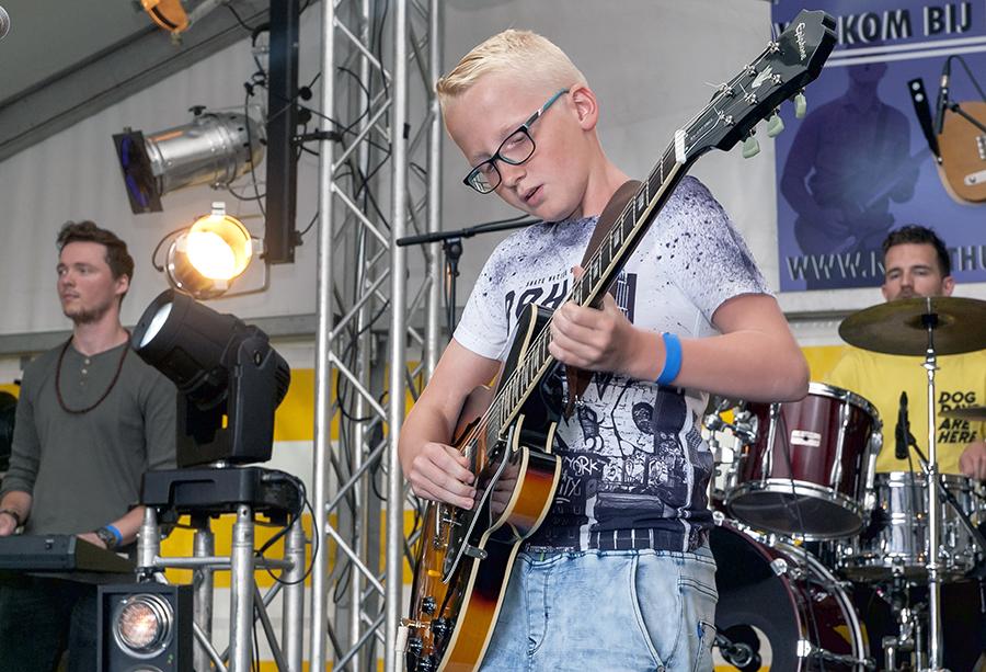 Eerste volledige online editie van NightHunt, de jacht op jong gitaartalent gaat gewoon door